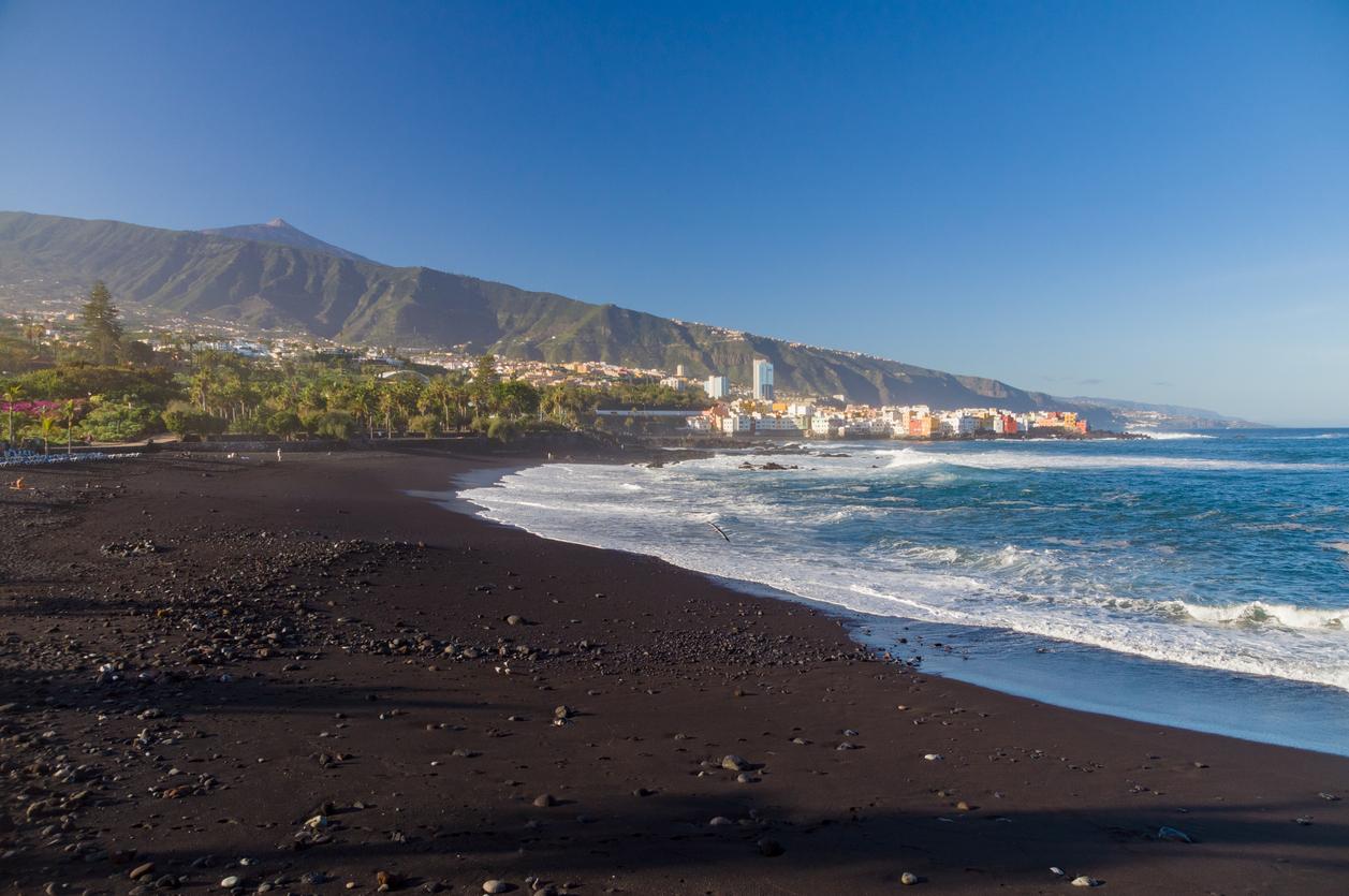 Black sand beach gran canaria