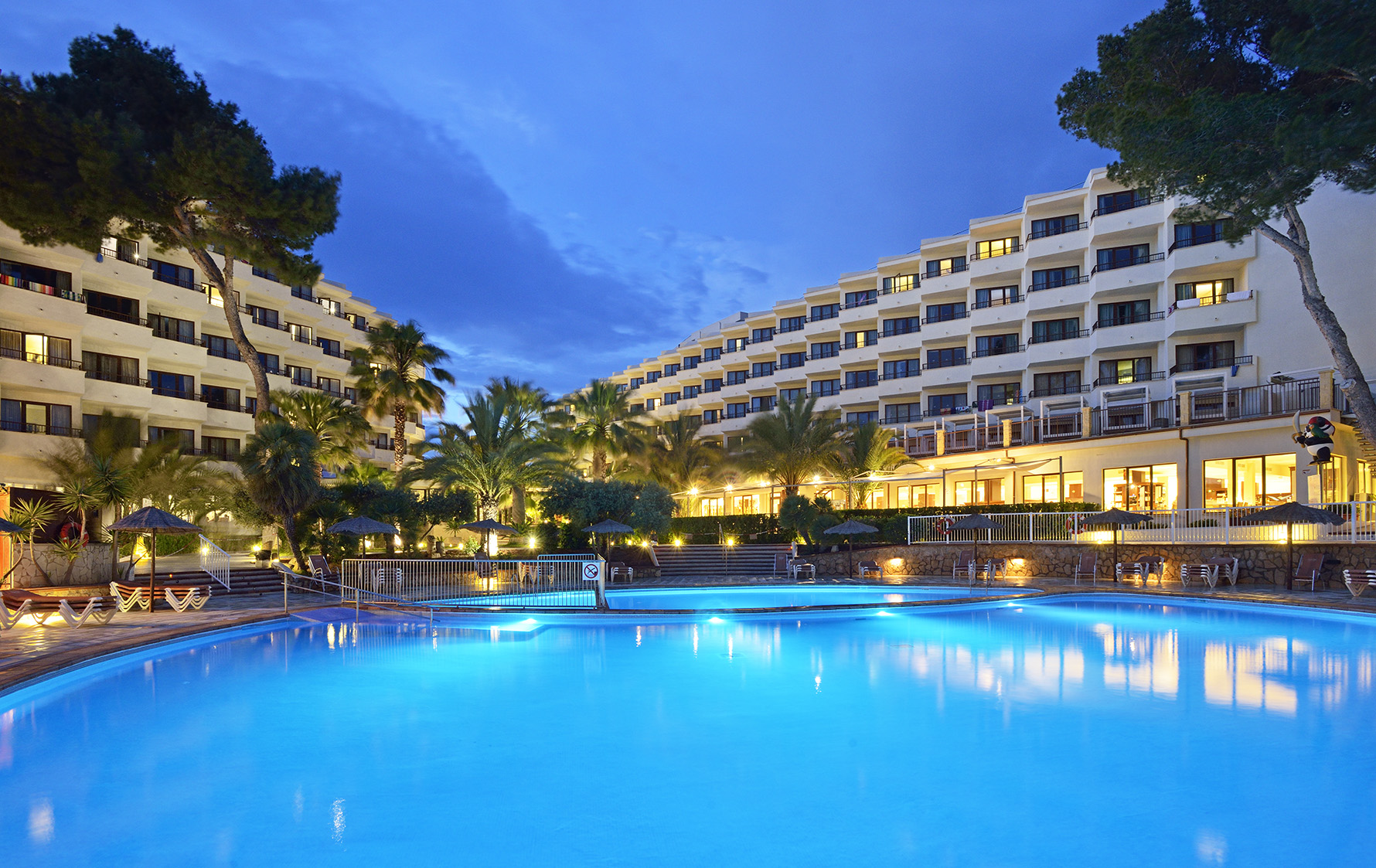Holidays in Spain. Ibiza - an ideal place for a restless holiday