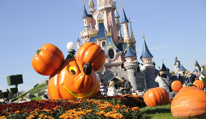 Disney Paris at Halloween