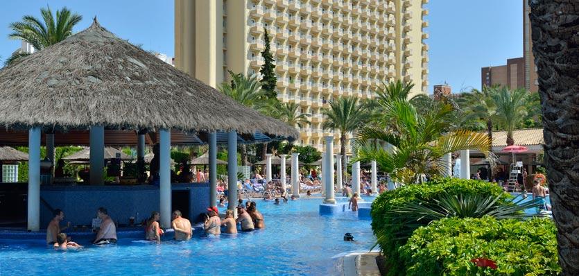 7 Seriously Awesome Swim Up Bars Travelrepublic Blog